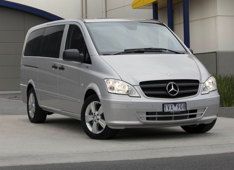 2012_mercedes_benz_valente_people_mover_04_1-0328