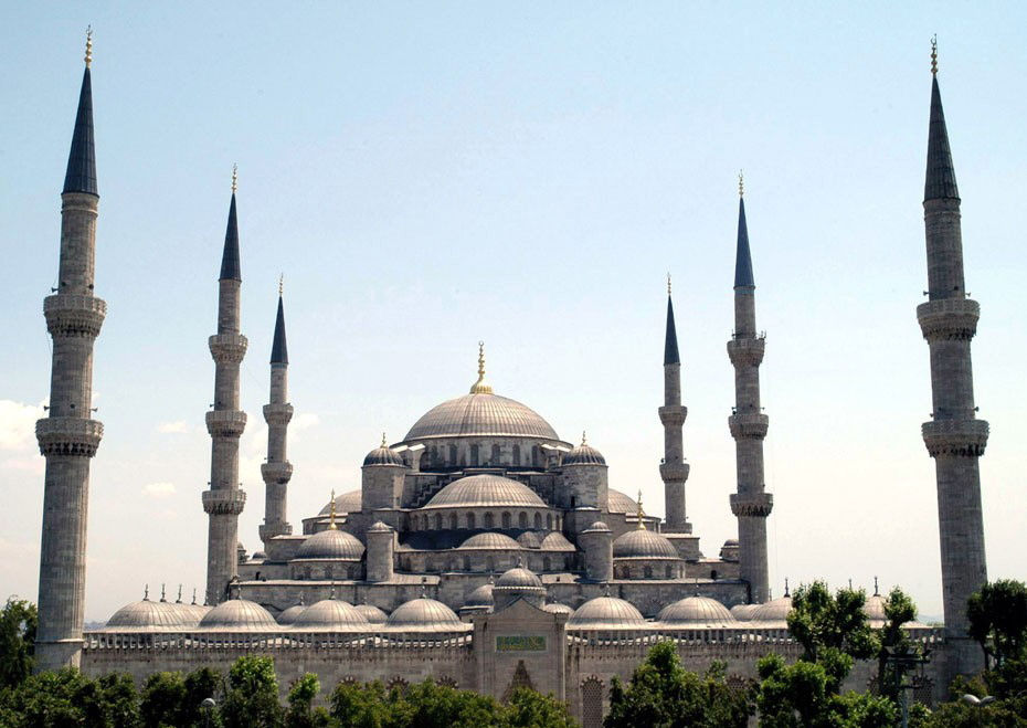 Sultan_Ahmed_Mosque_Istanbul_Turkey