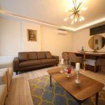 شقة فخمة من 3+1 ثلاث غرف نوم وصالة جلوس ومطبخ مستقل وحمامات مع دوش عدد 2